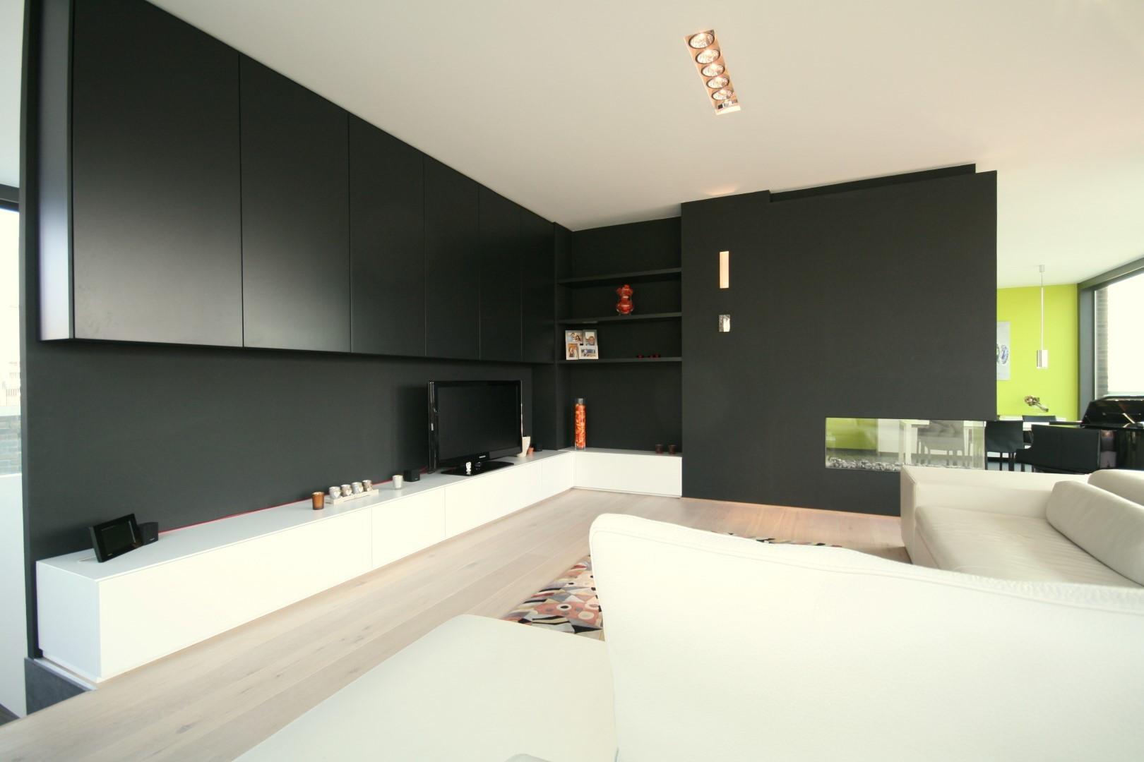 Compleet wandmeubel in de woonkamer › Kast-ID | Kasten, Meubelen ...