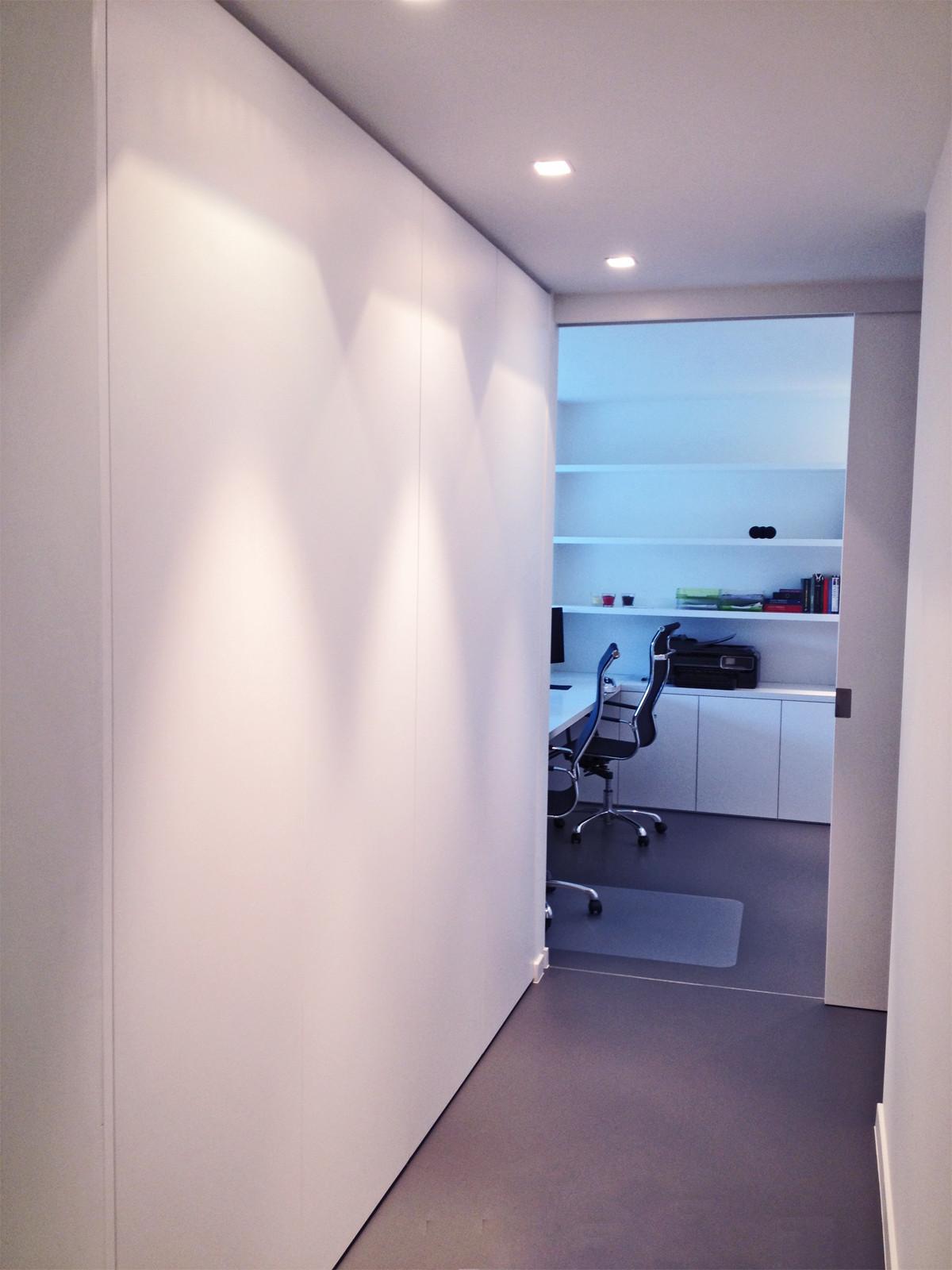 armoires de hall et vestiaire sur mesure armoires. Black Bedroom Furniture Sets. Home Design Ideas