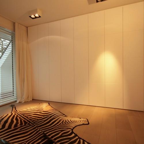 Armoire murale chambre mode armoire penderie vtements for Cube miroir habitat