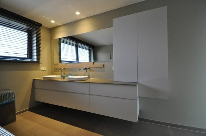 Modern Badkamer Interieur ~ Badkamermeubels  Organisatie in je badkamer ? Kast ID  Kasten