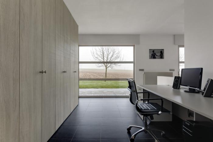 bureau werken in een huiselijke sfeer kast id kasten meubelen dressings. Black Bedroom Furniture Sets. Home Design Ideas