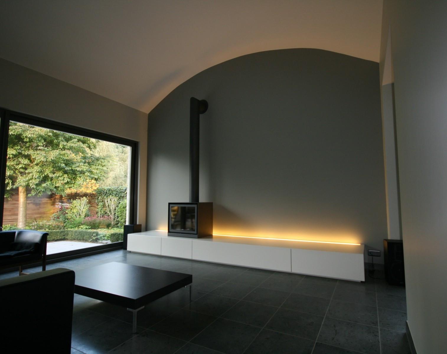zwevend meubel met indirecte verlichting